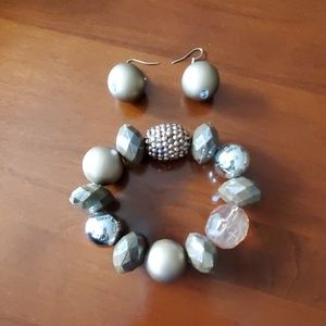 Costume jewelry - Bracelet and matching earrings